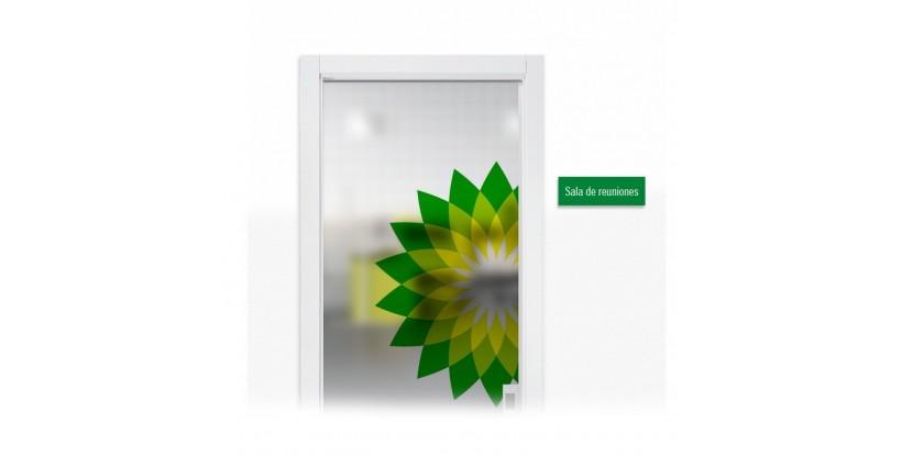 vinilo acido impreso en puerta