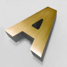 letras color oro iluminadas