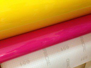 vinilos adhesivos para rotulación de vehículos, placas de metacrilato, rótulos lumiosos