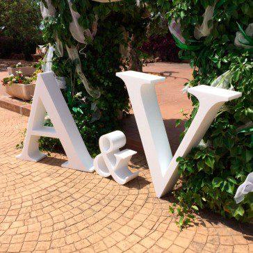 letras para boda baratas de corcho