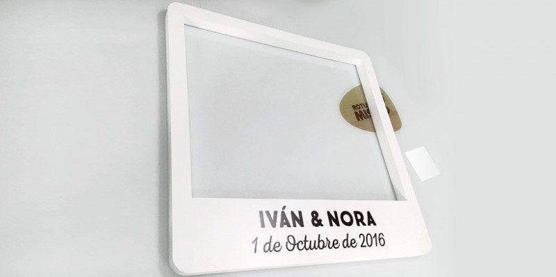 marco-polaroid-boda